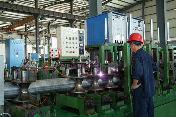 永穗不锈钢管生产机器